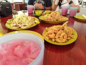 where eat singapore